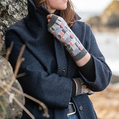 Island Nation - Jacquard knit wrist warmers