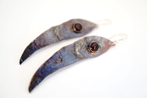 Aneta Beyger-Ptak | Long Leaves with Garnet Cabochons Earrings