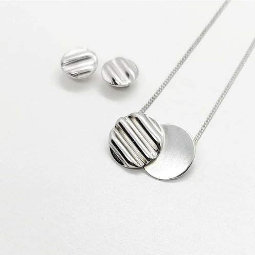 Iona Lundie Designs | Corrugated Silver Necklace and Earrings