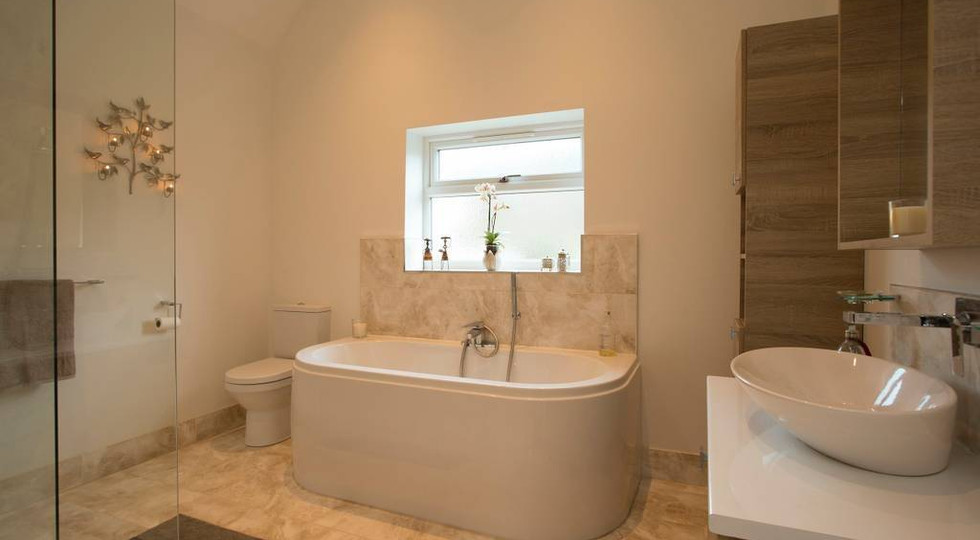 The Gold Ensuite