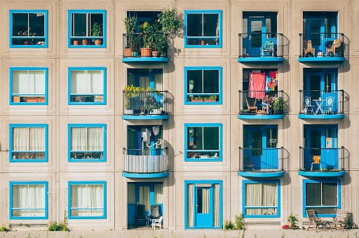 One of the first questions that come to mind will be whether to opt for a condo or an apartment?