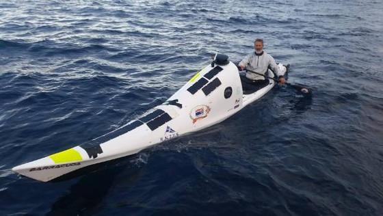Kiwi Scott Donaldson reaches Taranaki - the first person to kayak the Tasman solo