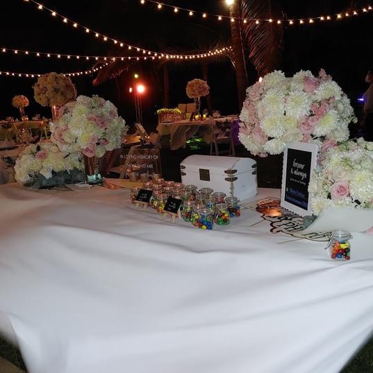 Table mariage cadeaux.jpg