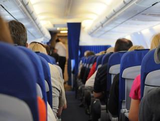 #MissCurieuse: Conseils pour être à l'aise en avion pendant un long voyage