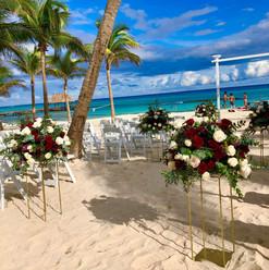 set up mariage plage 2.jpg