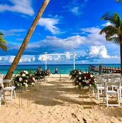 set up mariage plage 3.jpg