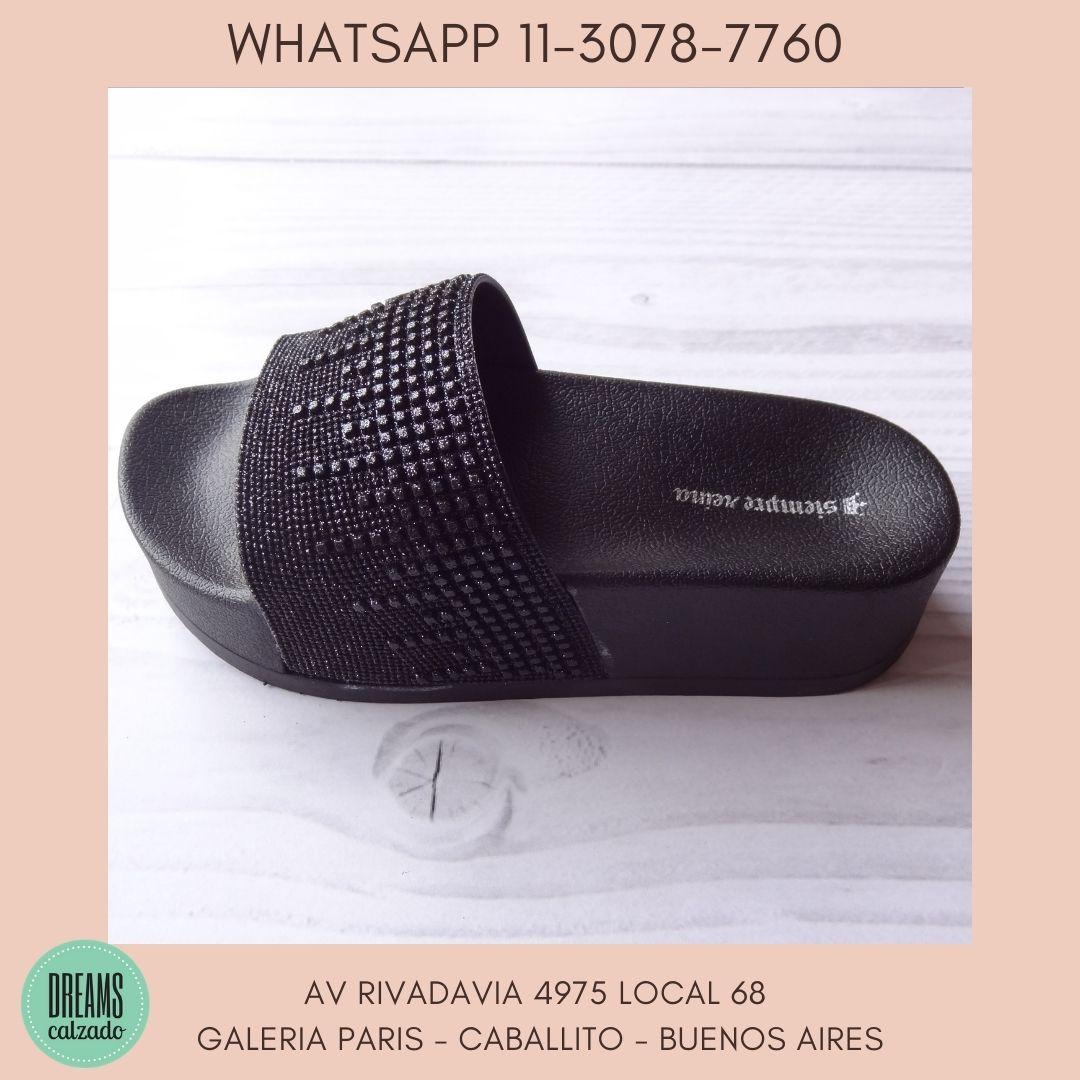 Sandalias para Mujer plataforma alta Negro Siempre Reina Dreams Calzado Caballito Av Rivadavia 4975