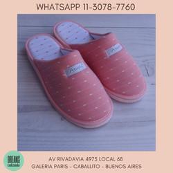 Pantuflas Atupie Chinelas para mujer rosa puntitos Dreams  Calzado Caballito Av Rivadavia 4975 local