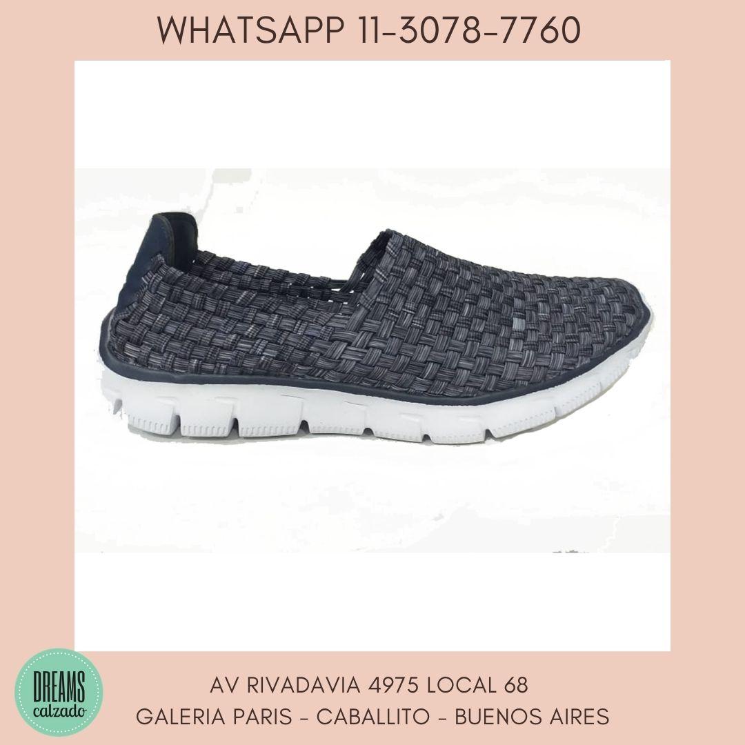 Zapatillas para mujer Flywing elastizadas calce directo azul Dreams Calzado Caballito Av Rivadavia 4