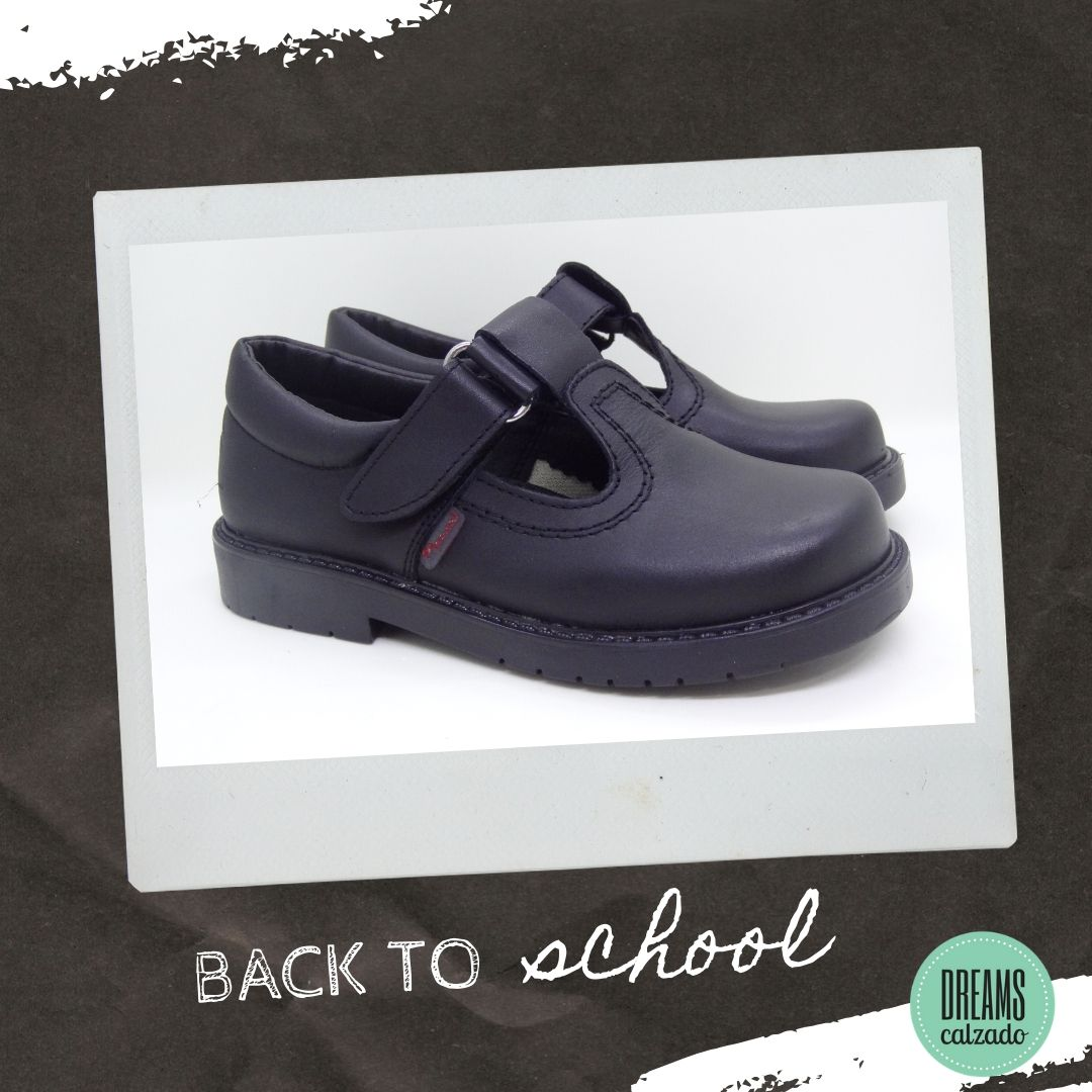 Zapatos colegiales de nena Marcel