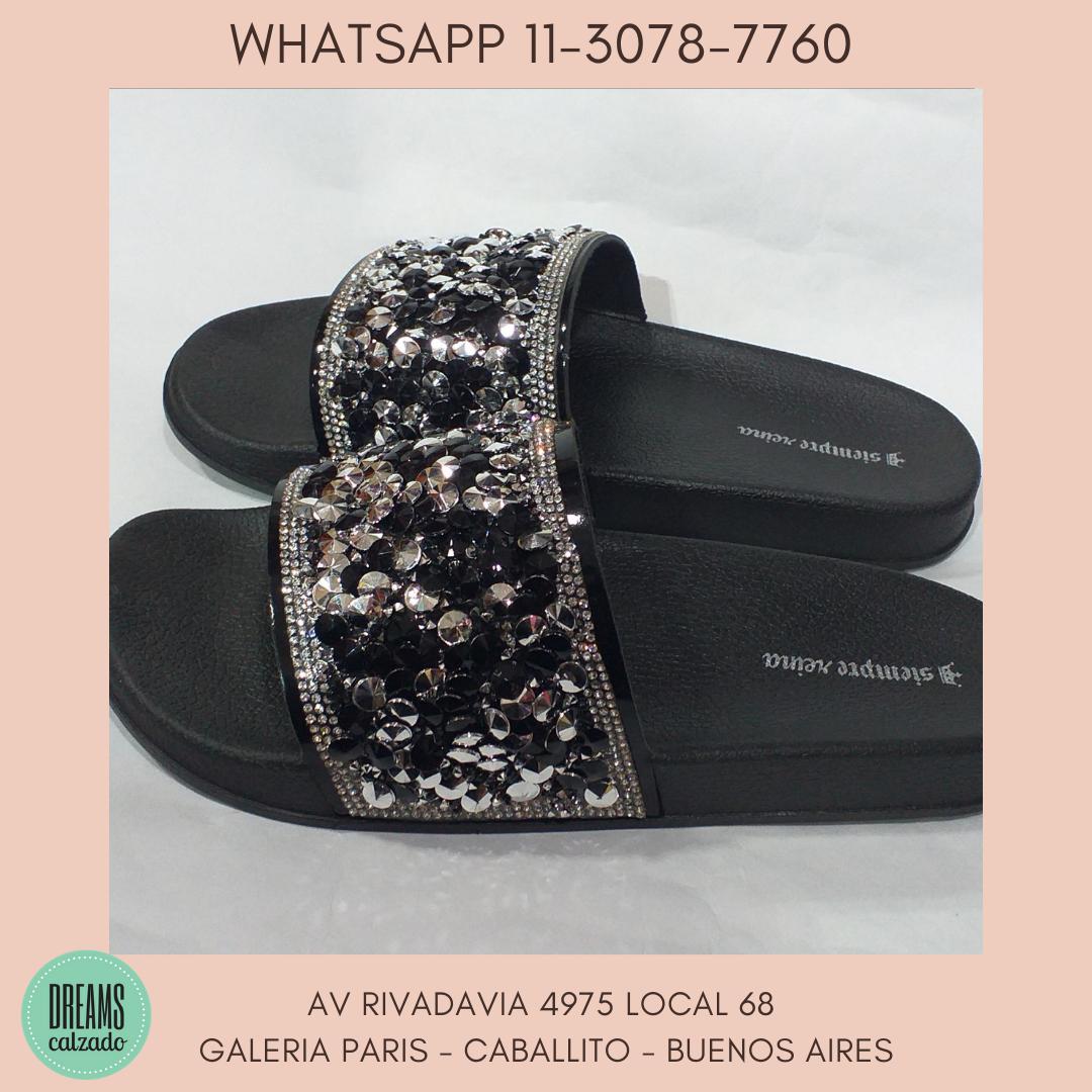 Sandalias de Faja con brillo  Siempre Reina Negro y plateado DReams Calzado Caballito Av Rivadavia 4