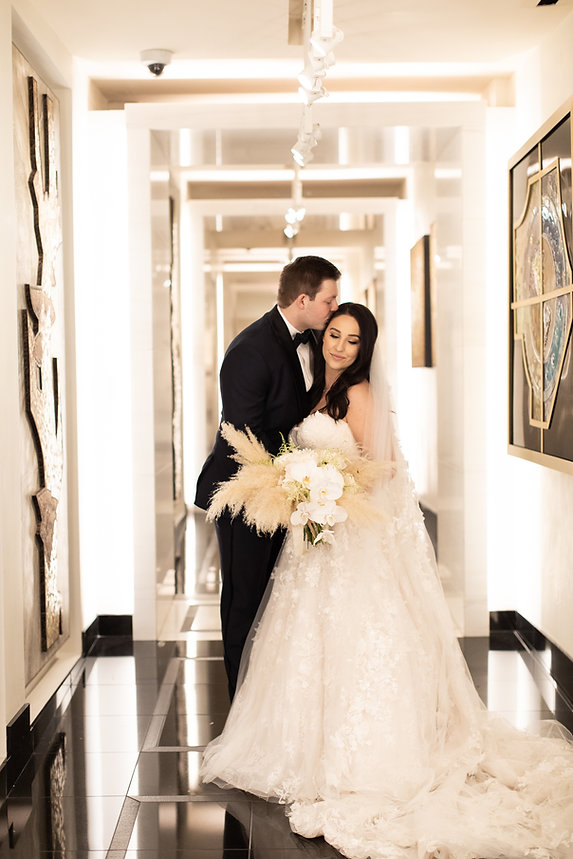 Luxury Dallas Wedding at The Joule