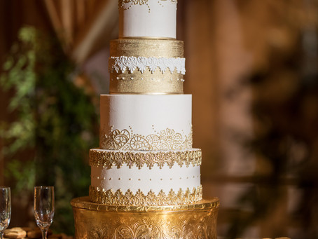 How to Have Your Cake and Eat it Too:  Wedding Planning after a Layoff