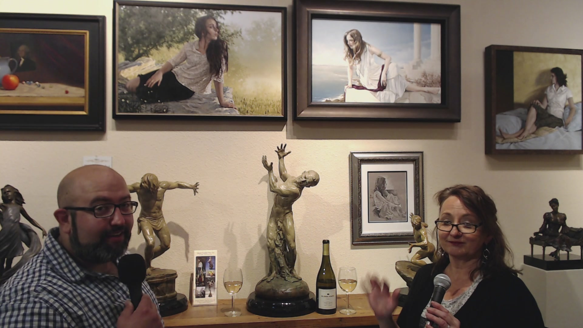 What can paintings and art do for your life? What's your favorite work of art? Today I'll be chatting with Linda Cordair from @quentcordair fine art. Ask her questions about @OCON2019 and her special showing as well as any art and culture related que