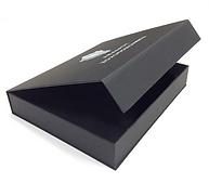 Коробка-шкатулка или коробка-книжка из переплетного жесткого каппа картона с кашировкой лайнера с офсетной печатью и с крышкой на магнитах, напечатанная на заказ по разработанному дизайну и конструктиву в типографии полного цикла BTL print