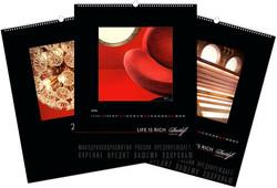 Настенные перекидные календари с черным дизайн макетом