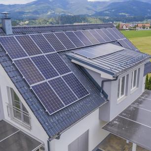 Sistema de energía solar residencial, ¿qué es y cómo funciona?