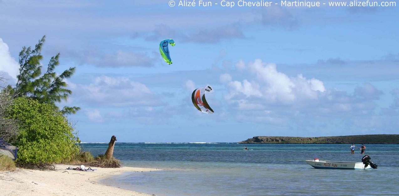 Kite_Baie_des_Anglais_1.jpg