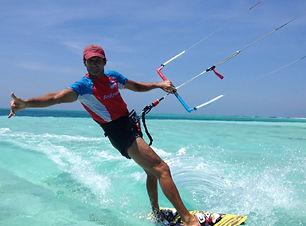 Kite,kitesurf,kite surf, martinique, caraibes, anse michel, kite paradise,location, cours, école