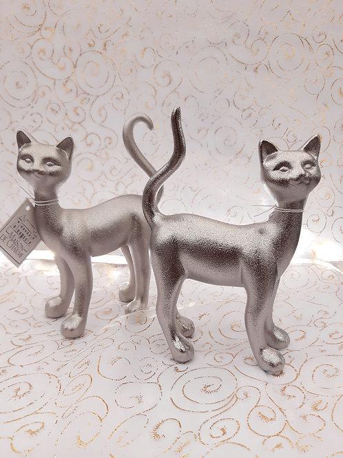 Chat en métal argenté
