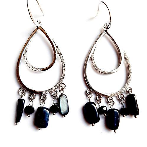 Boucles d'oreilles pendantes pierres noires