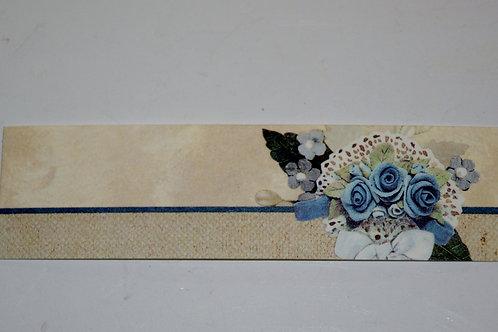 Etiquettes fleurs bleues