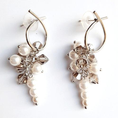 Boucles d'oreilles grappes perlées