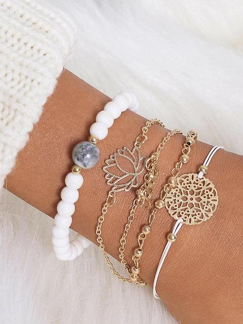 Lot de 5 bracelets dans sa boite