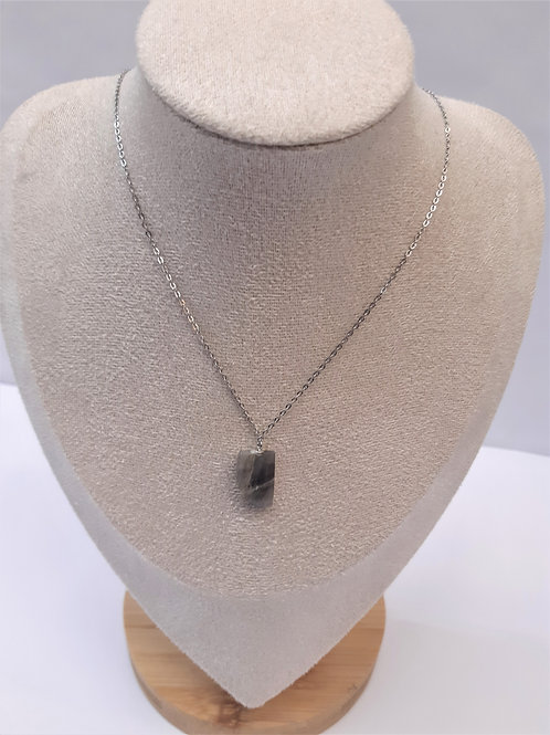 Collier avec pierre Labradorite