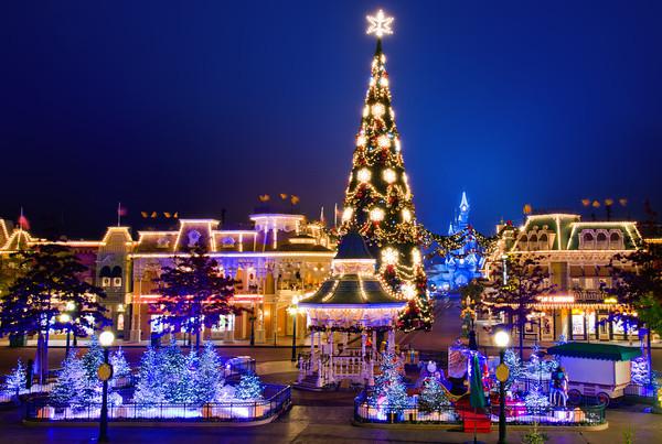 Christmas on Main St.