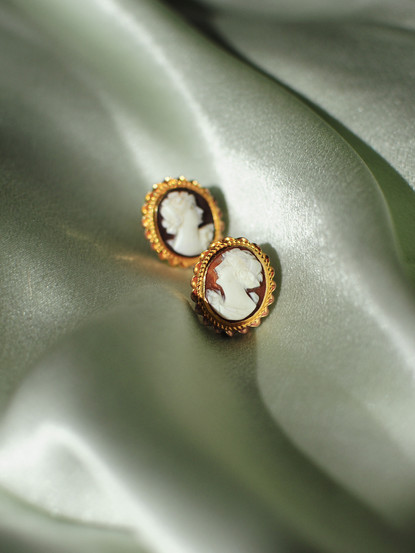 victorian_earrings.jpg