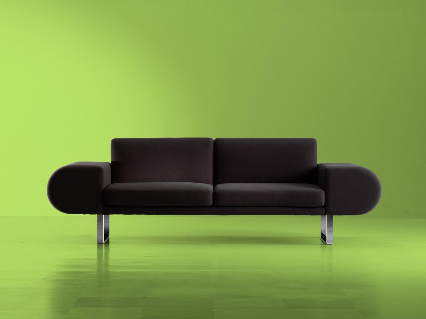 Adal sofa orolo Japan