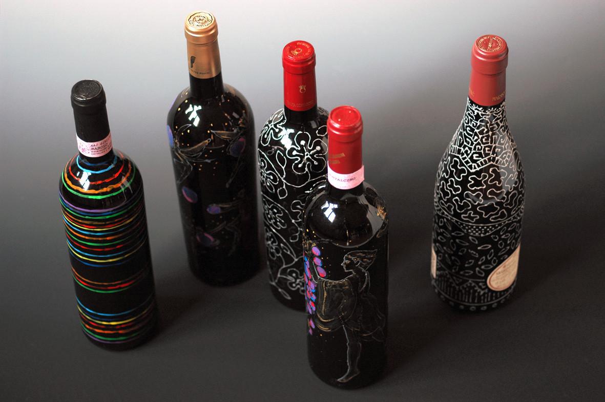 paint on bottle