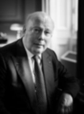 Julian Fellowes author of Belgravia