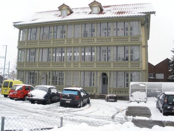 Das erste Haus der WG in Burgdorf im Winter