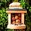 Thumbnail: Robuste Eichhörchen-Futterstelle aus Naturholz für den Garten