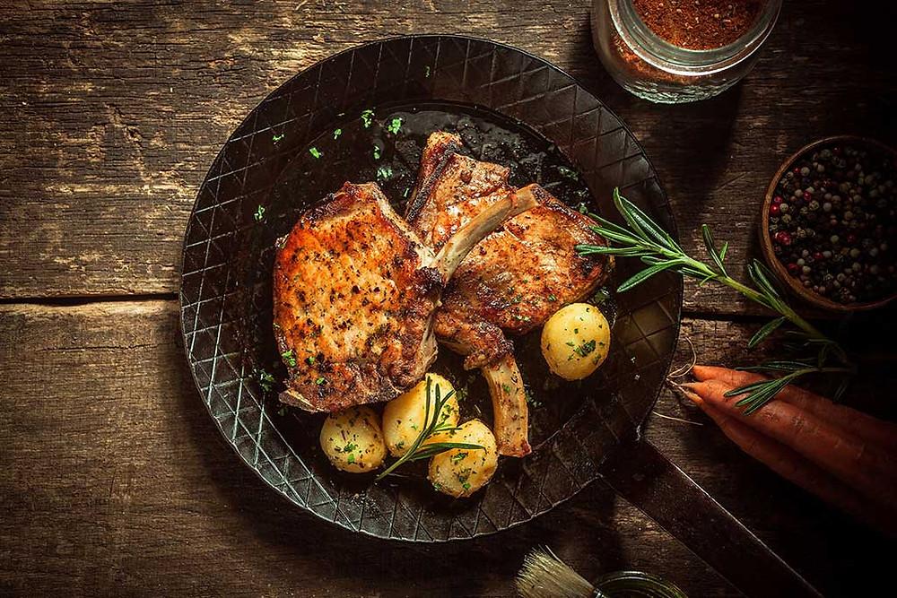 Turmeric pork chops