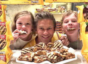Gay Chef David Burtka Partners with Keebler on Fun S'mores Recipes