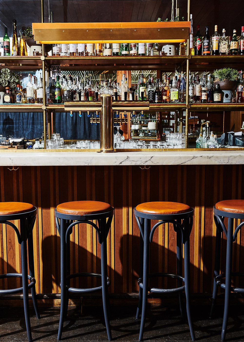 No Bar photo by Alex Lau