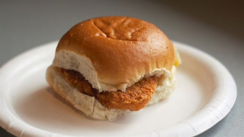 Crispy Chicken Breast Slider at White Castle