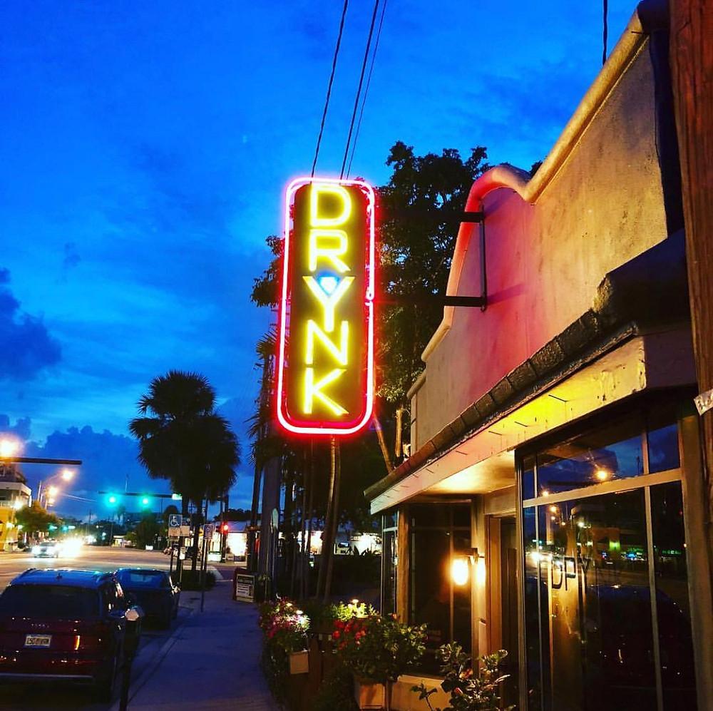 DrYnk Bar & Lounge