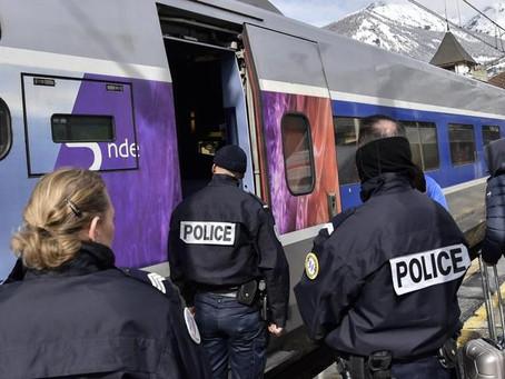 Indignazione e sconcerto per il Bus Crognaletti sequestrato a Nizza dalla Gendarmeria francese