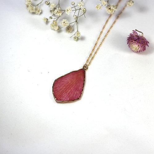 שרשרת גולדפילד עם עלה כותרת סחלב