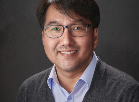 Seungpyo Hong PhD Named The First Milton J. Henrichs Chair