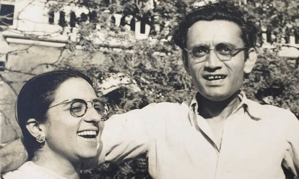 Manto with his wife