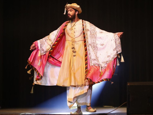 Diorama organizes a retrospective fashion show on costumes in Hindi films: Cinestaan