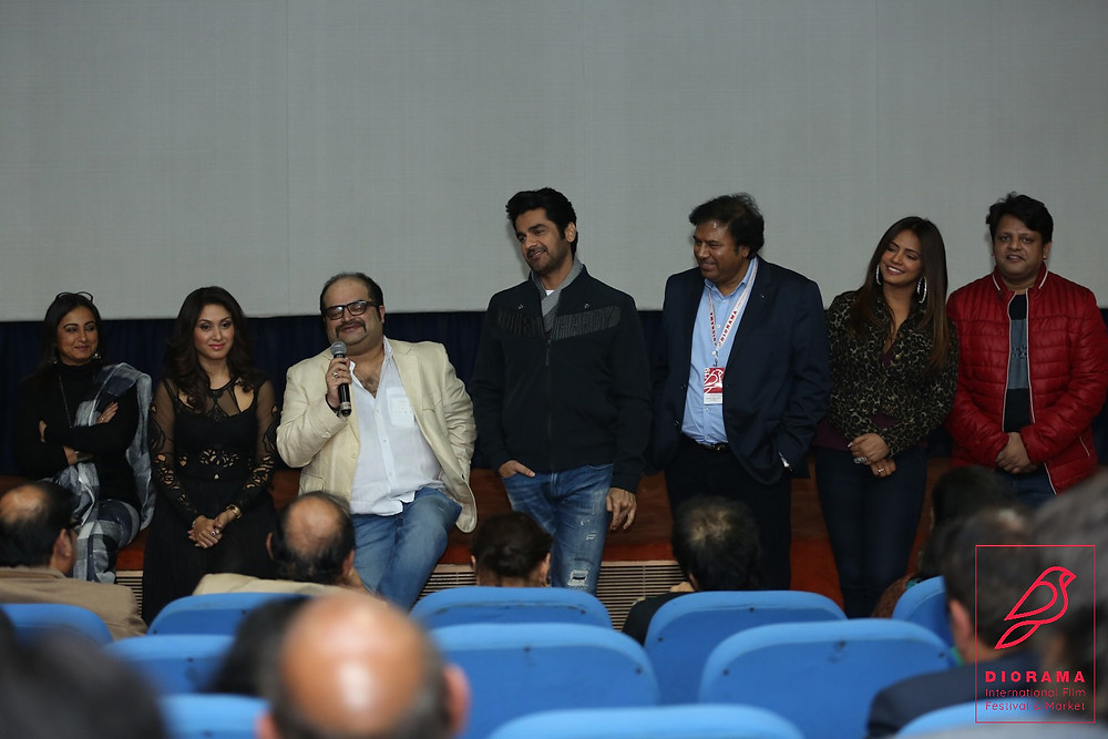Divya Dutta, Manjari Phadnis, Tariq Naved, Arjan Bajwa, Manoj Srvastava, neetu Chandra, Nitin Chandra