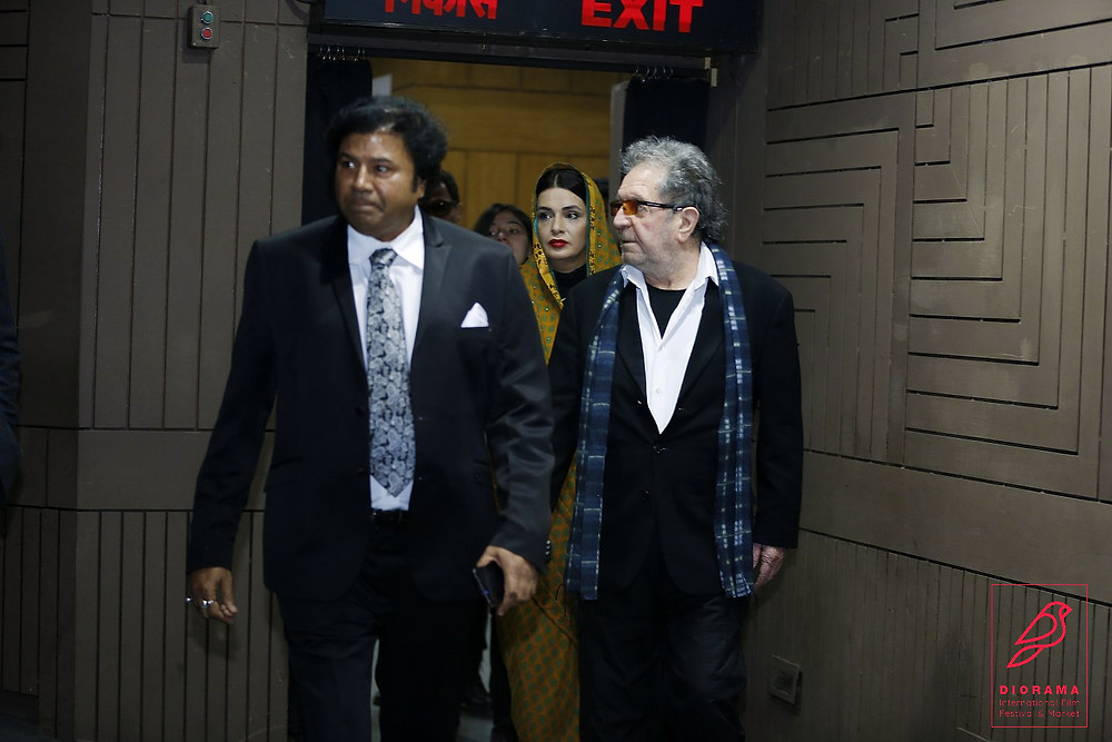 Iranian Director Dariush Meherjui with Festival Director Manoj Srivastava