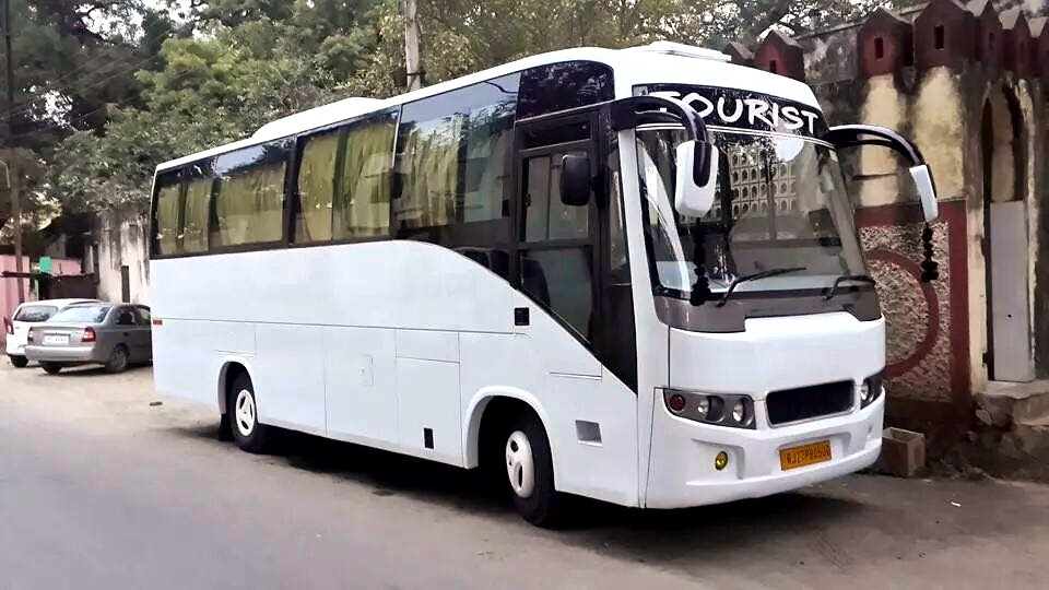 Luxury Coach on Rent