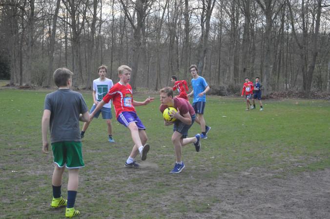 Voetbalwedstrijd internaat 3 tegen 4